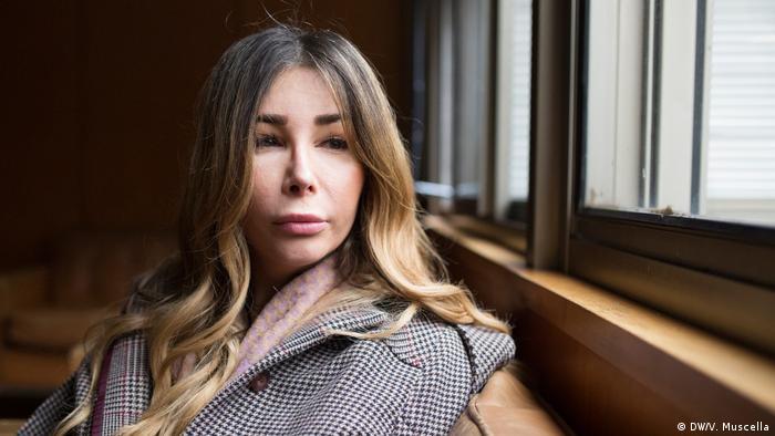 Daniela Lourdes Falanga Transfrau-Aktivistin in Neapel (DW/V. Mucella)