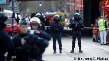 French police secure an area in Villejuif near Paris, France, January 3, 2020 after police shot dead a man who tried to stab several people in a public park. REUTERS/Charles Platiau