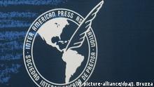 Sociedad Interamericana de Prensa Logo