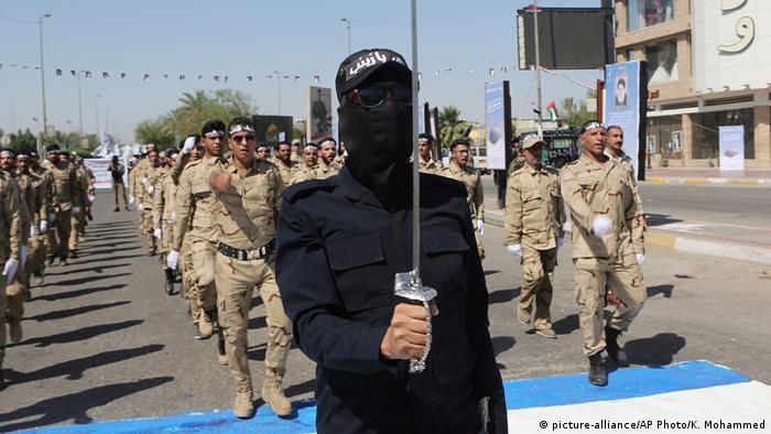 Irak Schiiten-Miliz Popular Mobilization Forces PMF (picture-alliance/AP Photo/K. Mohammed)