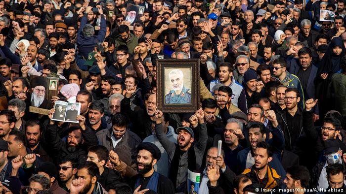 Iran Proteste gegen Tötung von General Kassem Soleimani (Imago Images/Xinhua/A. Halabisaz)