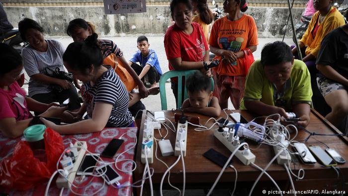 Indonesien Jakarta schwere Überschwemmungen (picture-alliance/AP/D. Alangkara)