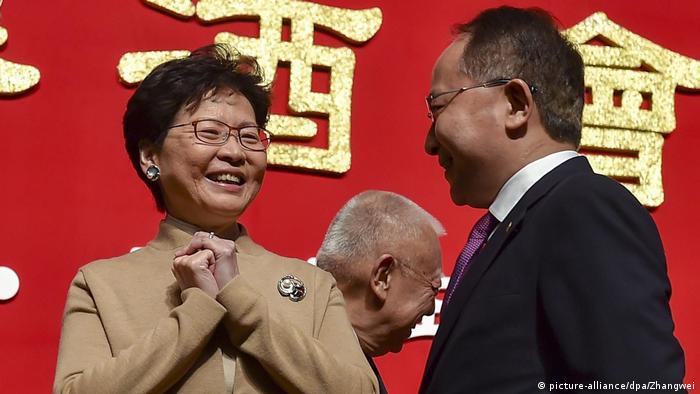 China Mond-Neujahrsempfang in Hongkong Wang Zhimin und Carrie Lam