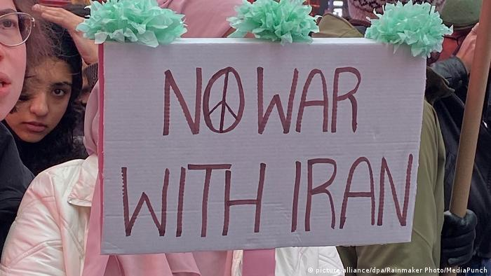 USA New York | Protest gegen US-Krieg mit dem Iran (picture-alliance/dpa/Rainmaker Photo/MediaPunch)
