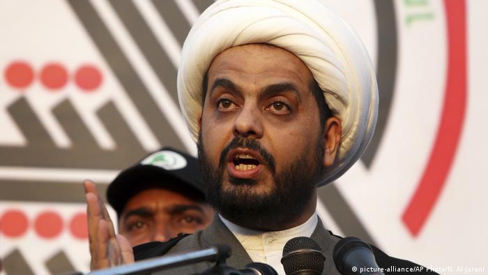 Irak Basra | Anführer der Assaib Ahk Al-Hak Qais Khazali (picture-alliance/AP Photo/N. Al-Jurani)
