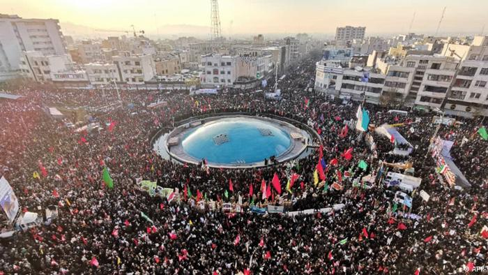 İranlı General Kasım Süleymani'nin cenaze törenine binlerce kişi katılmıştı/ 6 Ocak 2020- Tahran