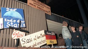 Asaltul asupra centralei Stasi