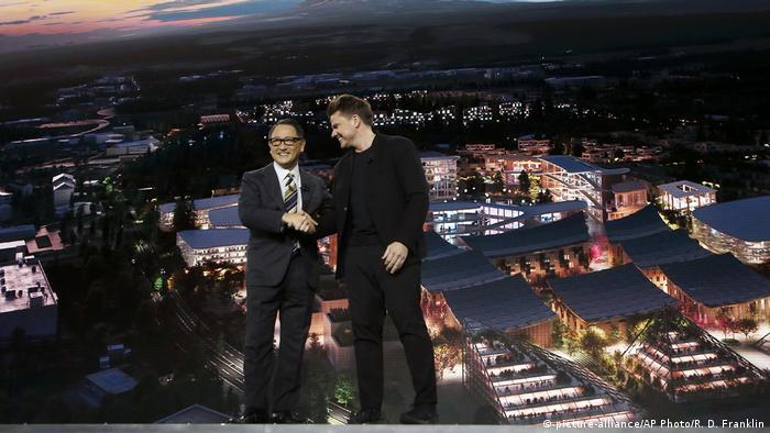 Akio Toyoda i Bjarke Ingels u Las Vegasu