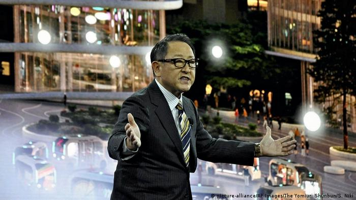 Akio Toyoda präsentiert auf der CES seine Pläne der Woven City