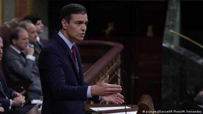 Spanien Parlament in Madrid | Pedro Sánchez, Premierminister (picture-alliance/AP Photo/M. Fernandez)