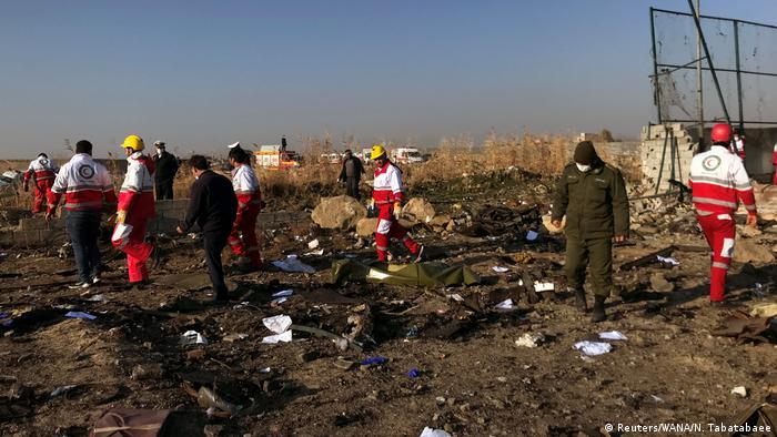 Iran Ukrainisches Passagierflugzeug nahe Teheran abgestürzt