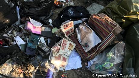 Iran Ukrainisches Passagierflugzeug nahe Teheran abgestürzt (Reuters/WANA/N. Tabatabaee)