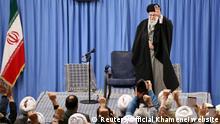 Iran Ajatollah Ali Chamenei bei einer Kundgebung in Teheran