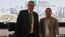 Indonesien Roni Susman und Prof. Thomas Weith