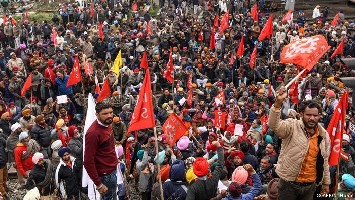 Indien Streik gegen Wirtschaftspolitik der Regierung in Amritsar (AFP/N. Nanu)