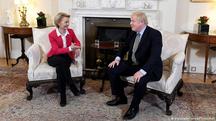 Großbritannien London | Ursula von der Leyen & Boris Johnson (picture-alliance/Photoshot)