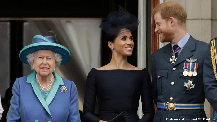 UK Monarchie l Prinz Harry und Herzogin Meghan (picture-alliance/AP/M. Dunham)