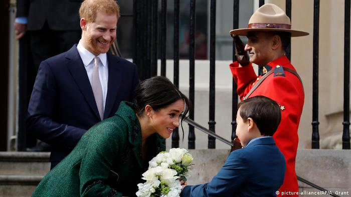 UK Monarchie l Prinz Harry und Herzogin Meghan (picture-alliance/AP/A. Grant)