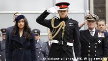 UK Monarchie l Prinz Harry und Herzogin Meghan (picture-alliance/AP/K. Wigglesworth)