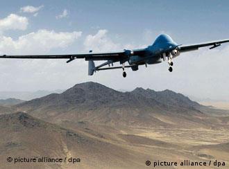 هواپیماهای بیسرنشین آمریکا مواضع تروریستها را منهدم کردند