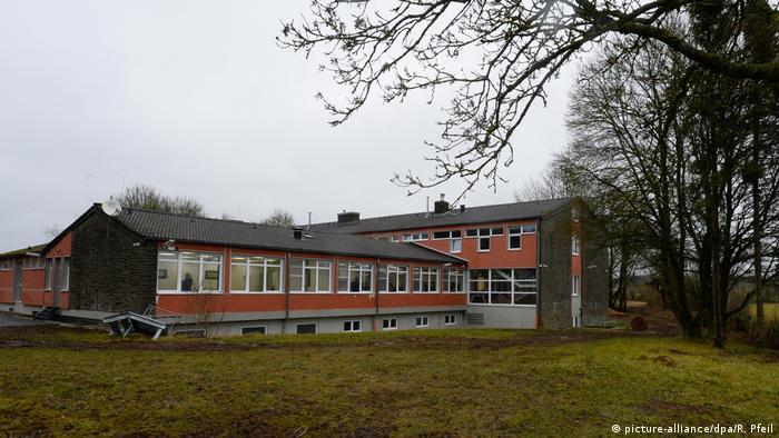 Dahlem'deki eğitim merkezi DİTİB'in öz kaynakları ve bağışlarla oluşturuldu.