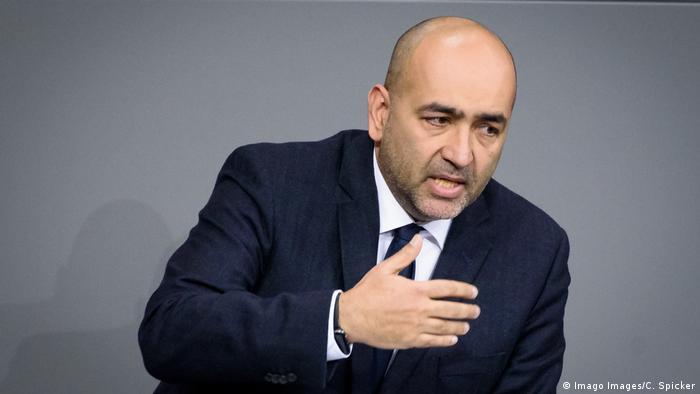 Omid Nouripour während einer Sitzung des deutschen Bundestags