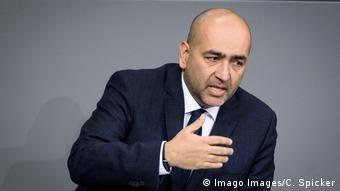 Yeşiller Dış Politikalar Sözcüsü Omid Nouripour