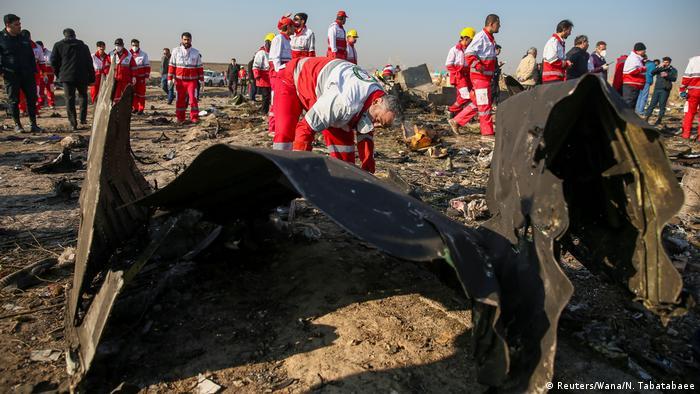 Iran Flugzeugabsturz Ukraine International Airlines   Wrackteile bei Teheran