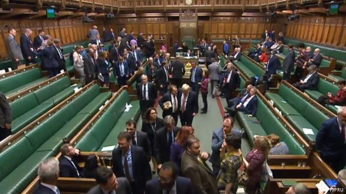 Під час голосування за закон про Brexit у Палаті громад