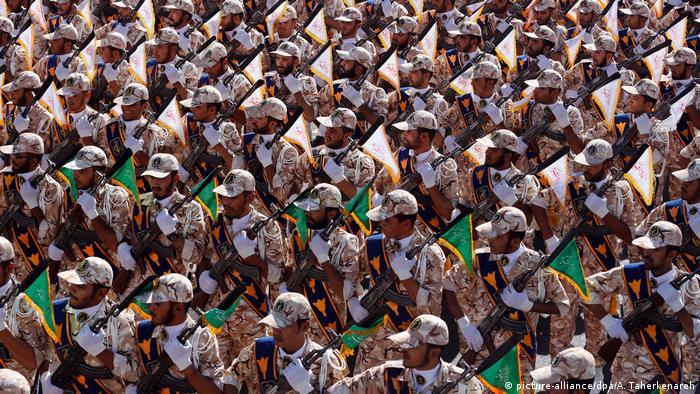 Iran Teheran 2014 | Revolutionsgarde Parade