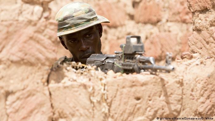 A Nigerien soldier