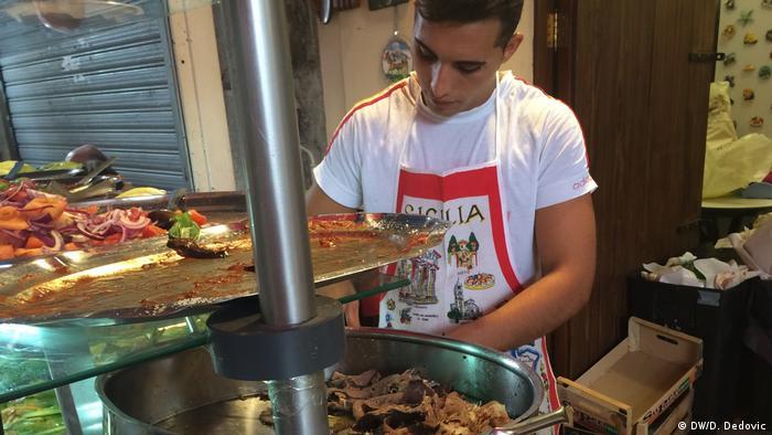 Italien Palermo   Street food in Palermo