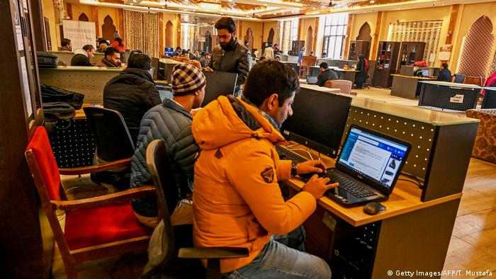 Kashmir awaits restoration of internet connectivity