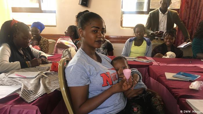 Miongoni mwa walioshiriki mkutano wa kuwahamasisha wanawake namna ya kutumia vikombe hivyo maalum vya hedhi mjini Nakuru Kenya.