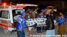 Pakistan Mindestens zehn Tote bei Bombenanschlag in Moschee Quetta