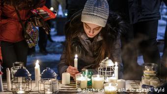 Kanada Montreal | Mitglieder der iranischen Community trauern nach Flugzeugabsturz im Iran