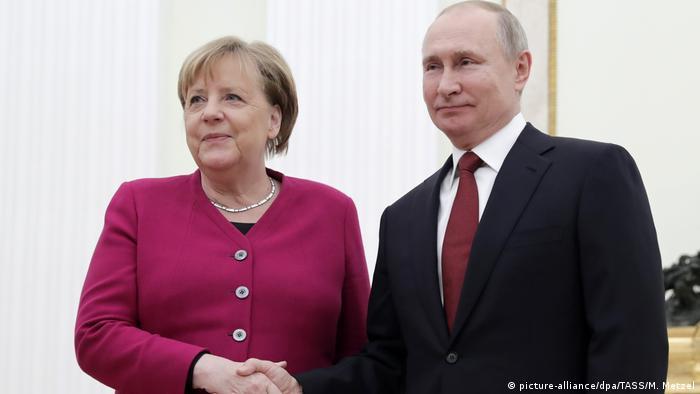 Russland Deutschland Merkel und Putin Treffen
