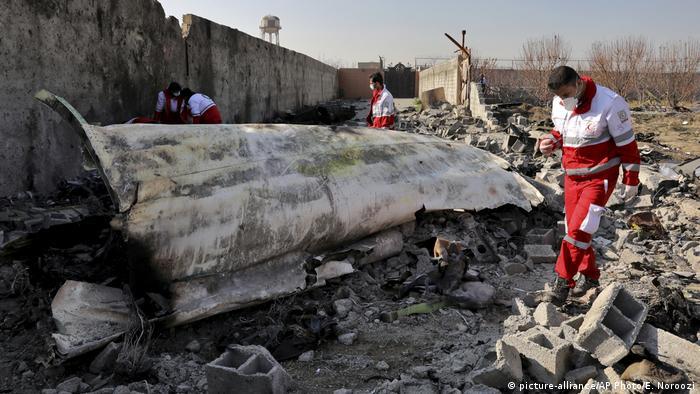 На месте крушения украинского лайнера под Тегераном