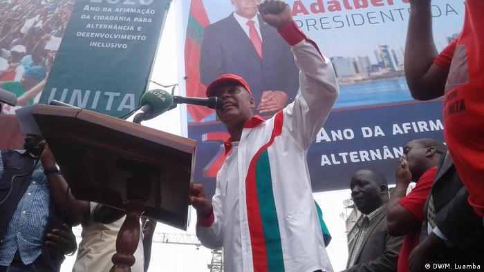 Adalberto Costa Junior (DW/M. Luamba)