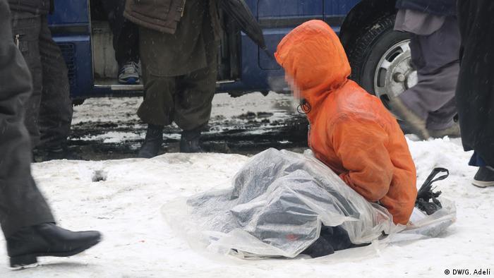 Afghanistan Winter | Schnee in Kabul | Armut (DW/G. Adeli)