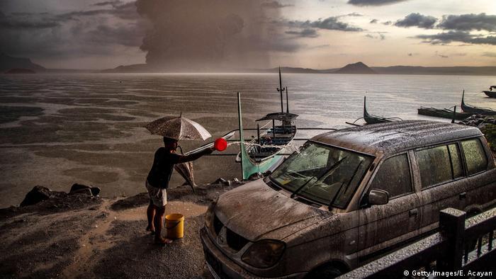 Philippinen | Ausbruch Vulkan Taal