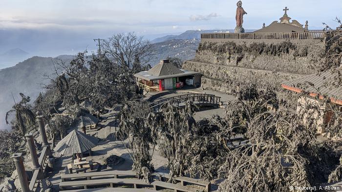 Phillippinen Aschefall nach dem Ausbruch des Taal-Vulkans (Reuters/J. A. Abuan)