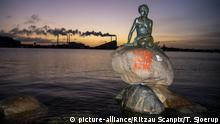 13.01.2020 *** The Little Mermaid statue in Copenhagen has been exposed to vandalism early Monday, January 13, 2020. Thus, several times over the years it has been necessary to improve vandalism against the statue. |