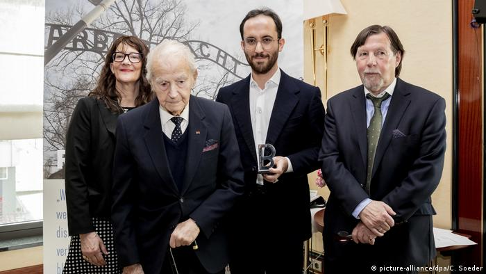 Igor Levit was honored by the International Auschwitz Committee on January 12 (picture-alliance/dpa/C. Soeder)