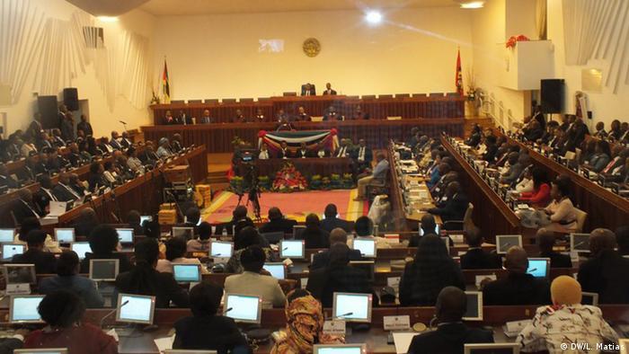 Mosambik Parlament | Abgeordnete