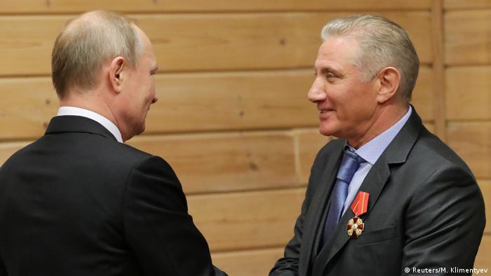 Boris Rotenberg (r) und Wladimir Putin (l) im Sankt Petersburger Judo-Club, 27.11.2019