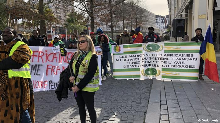 Protesters against the French military presence in Africa call out African elites for not defending the peoples' interests