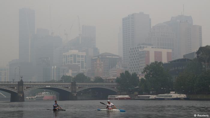 Australian Open Tennis Bushfire Smoke Interrupts Practice