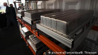 Акумулятор електромобіля на заводі з переробки у Німеччині