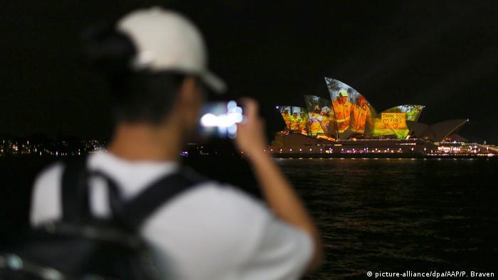 Australien Waldbrände | Lichtprojektion Opernhaus Sydney